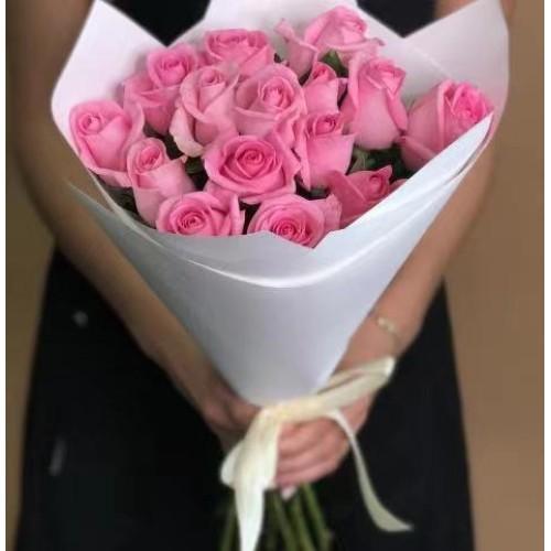 Купить на заказ 15 розовых роз с доставкой в Шу