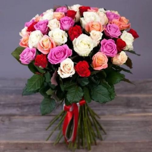 Купить на заказ Букет из 31 розы (микс) с доставкой в Шу
